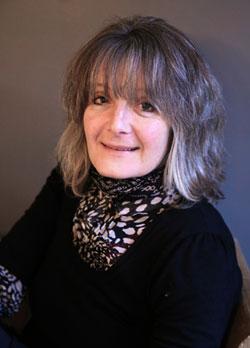 Hampshire author Sarah Lucas